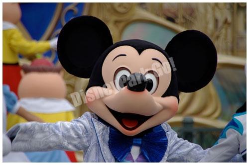 東京ディズニーリゾート25周年のミート&スマイルのミッキー