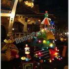キャラクターのクリスマスツリー(グーフィー、ミニー、 ミッキー)