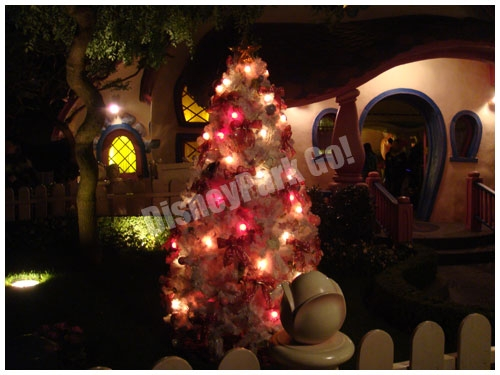 ミニーの家のクリスマスツリー