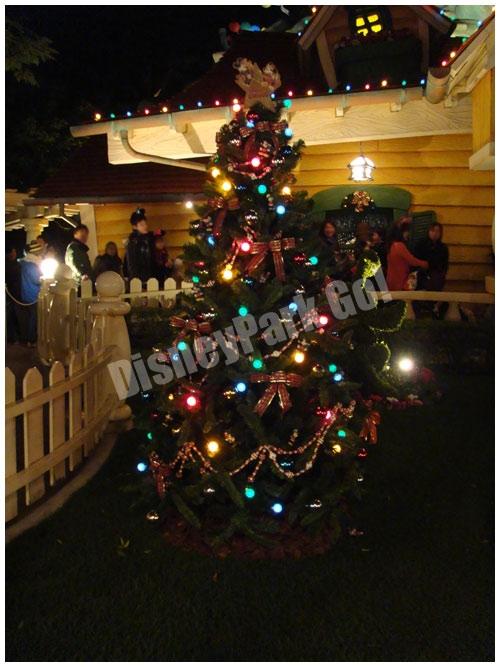 ミッキーの家のクリスマスツリー