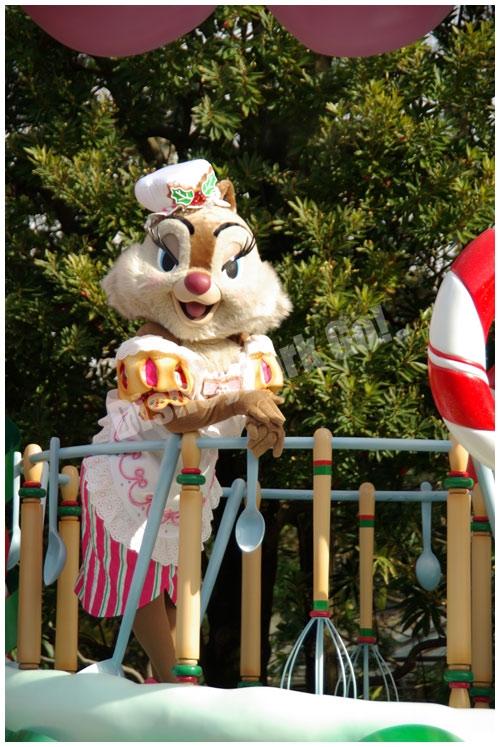 ディズニー・サンタヴィレッジ・パレードのクラリス