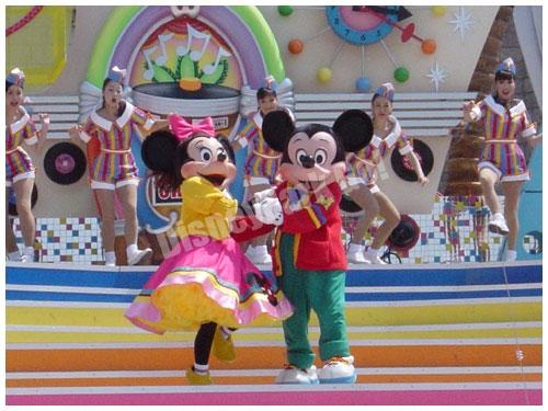 ディズニー・ロック・アラウンド・ザ・マウスのミッキー、ミニー