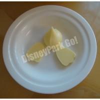 「ドナルドダックルーム」スペシャルブレックファストのバター