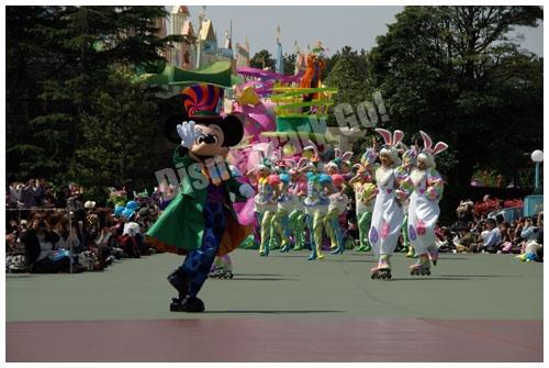ディズニー・イースターワンダーランドのスペシャルパレードのワンダーランド・ミッキー