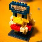 初めてナノブロックを作ってみた(ドナルド・スイムバージョン)