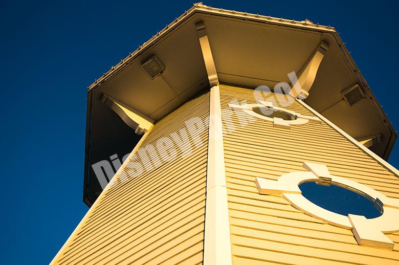 ヨットクラブ・リゾート(船着き場の灯台)