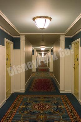 ディズニー・ヨットクラブ・リゾートの廊下