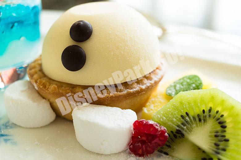 ホワイトチョコレートムース、リンゴのタルト