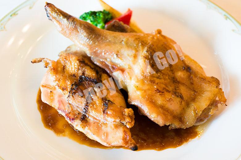 銘柄鶏のグリル、赤ワインヴィネガーソース