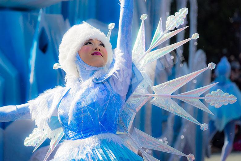 雪の結晶のダンサー